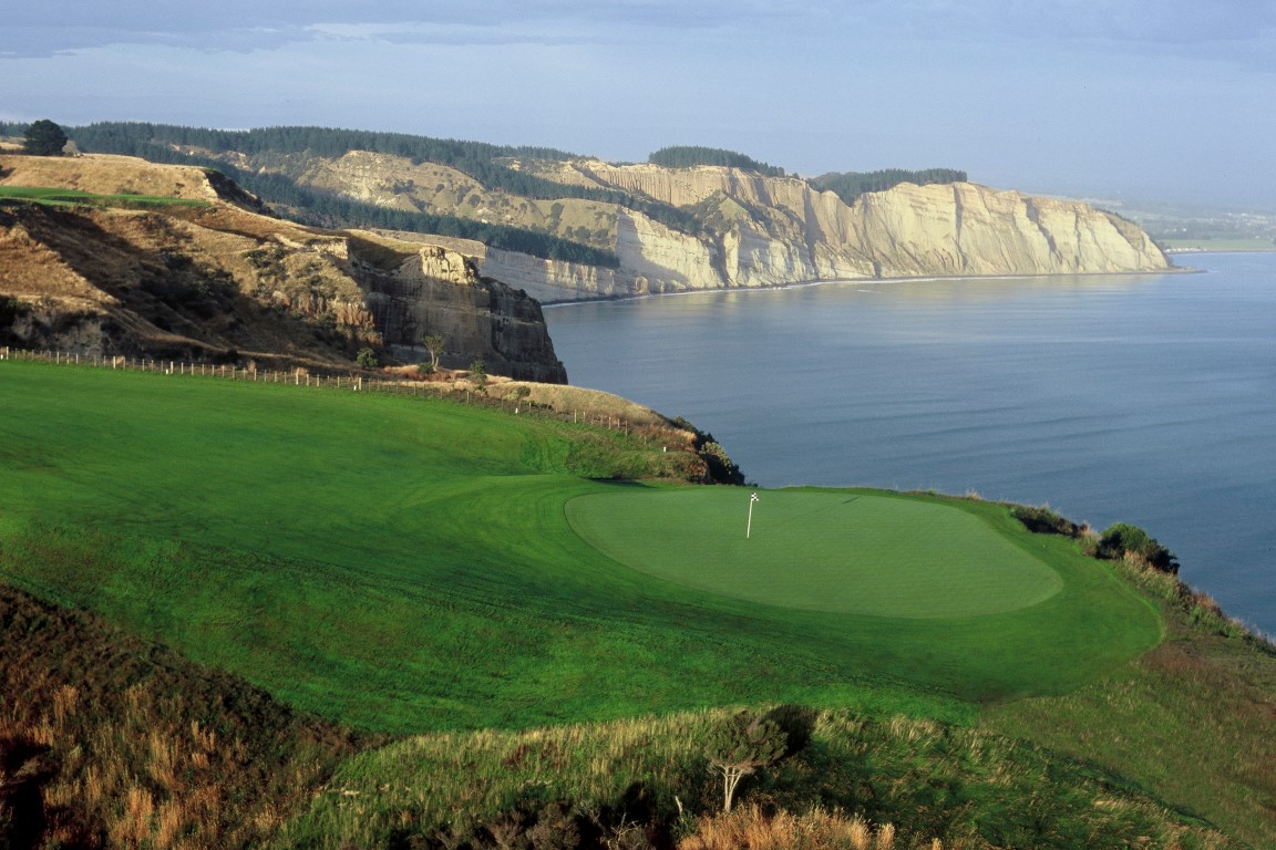 ACD140-Cape-Kidnappers-Hawkes-Bay-Cape-Kidnappers-Medium